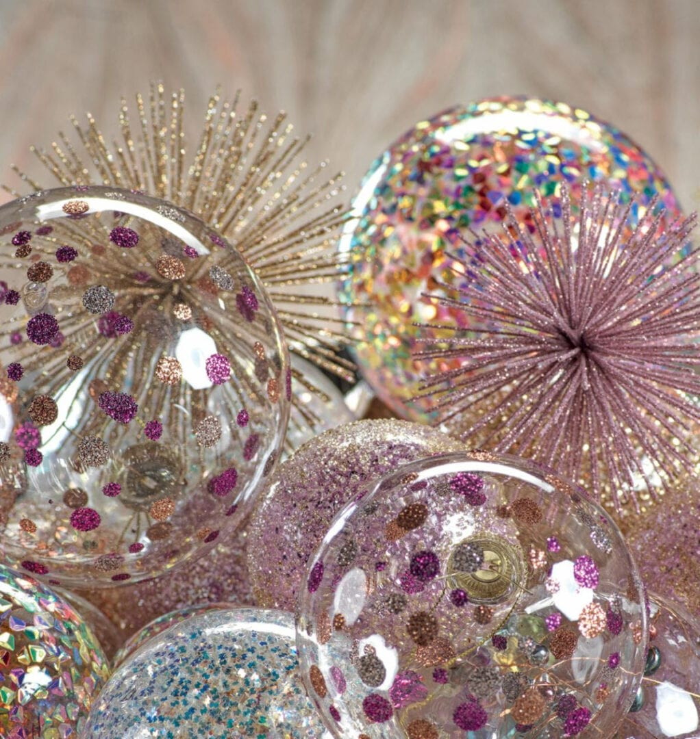 ZODAX PINK ORNAMENTS